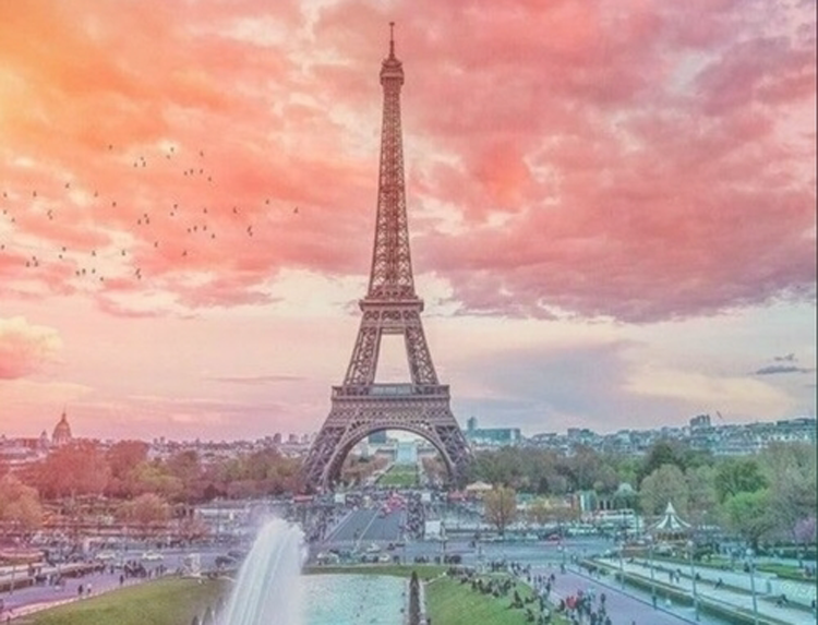 Manifesting Paris - Traveling when you have no money