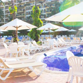 The-Velas-Vallarta-Resort-Pools-and-Lazy-River